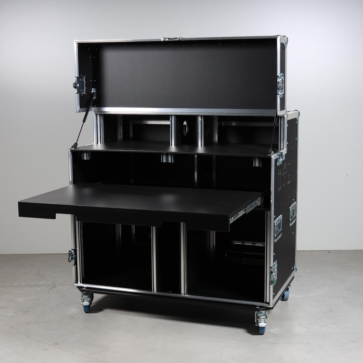 """HD Regie Case (Streaming-Case) 2 x 19"""" Einheit (mit Platz für 2x23"""" TFT im Deckel, ohne Ausschnitt in Tischplatte)"""