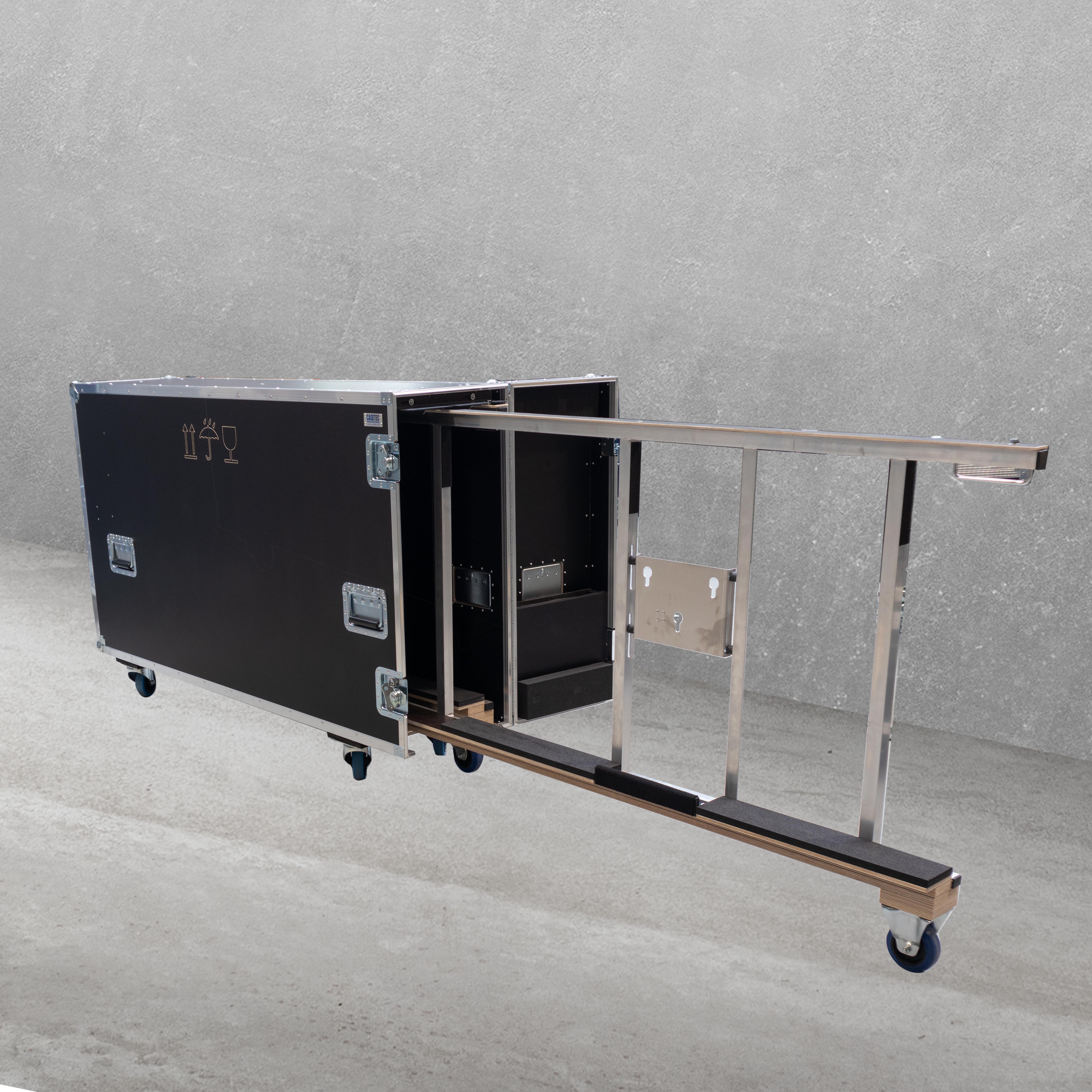 """Universal-Push-Pull-Flightcase für vier 32""""-55"""" Flachbildschirme"""